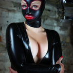 mistress-inka-make-booking